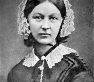 Black-and-white portrait photograph of Florence Nightingale at about age 40.